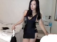 Asian Babe on Cam