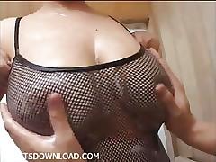 Natural big tits japanese